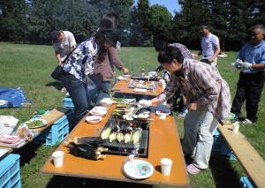2009大豆畑で交流会『生産者と畑でバーベキュー」
